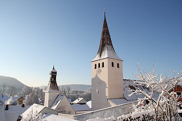 Kirchenburg Kinding im Winter